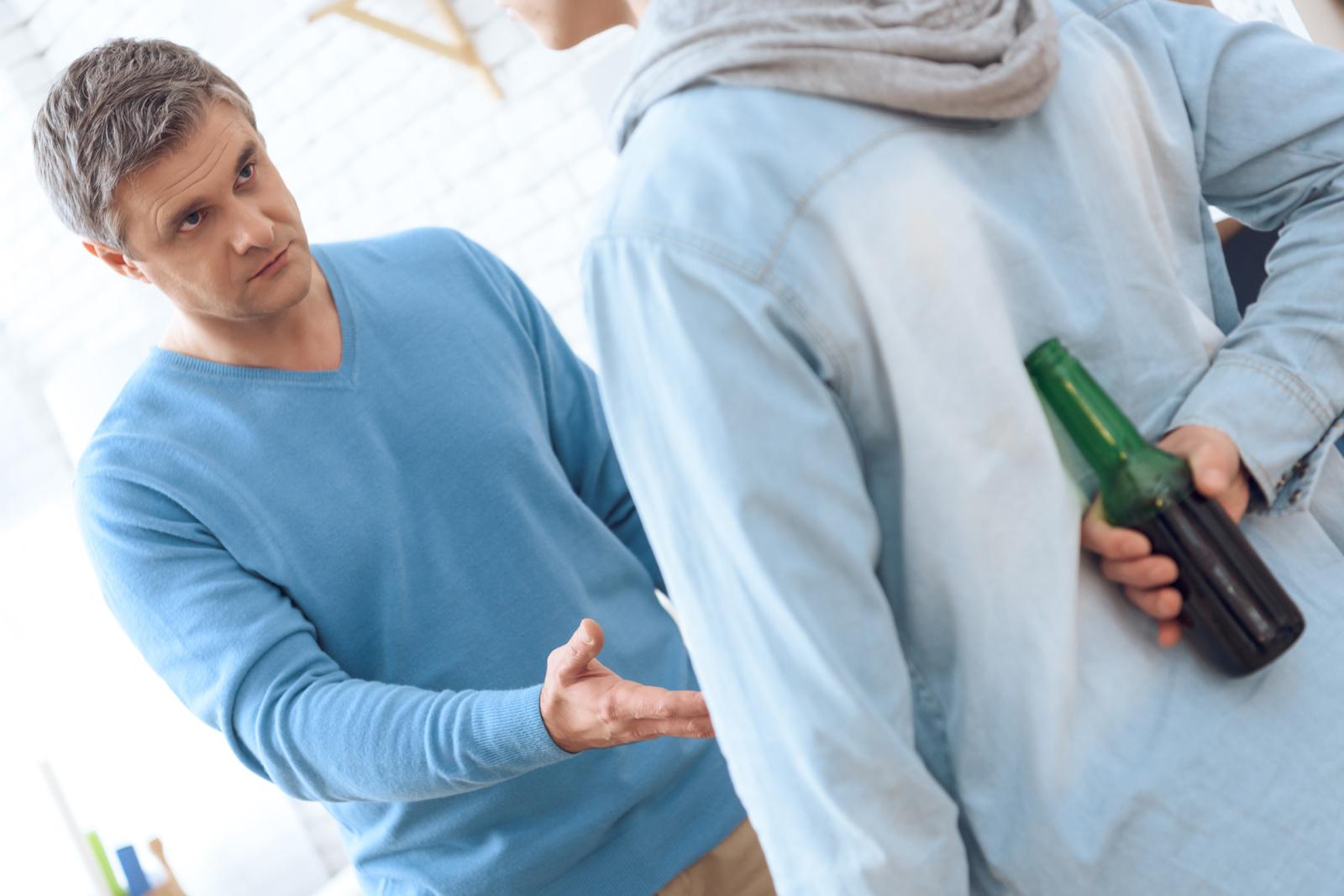 Alkoholiu apsinuodiję vaikai– siaubinga kasdienybė