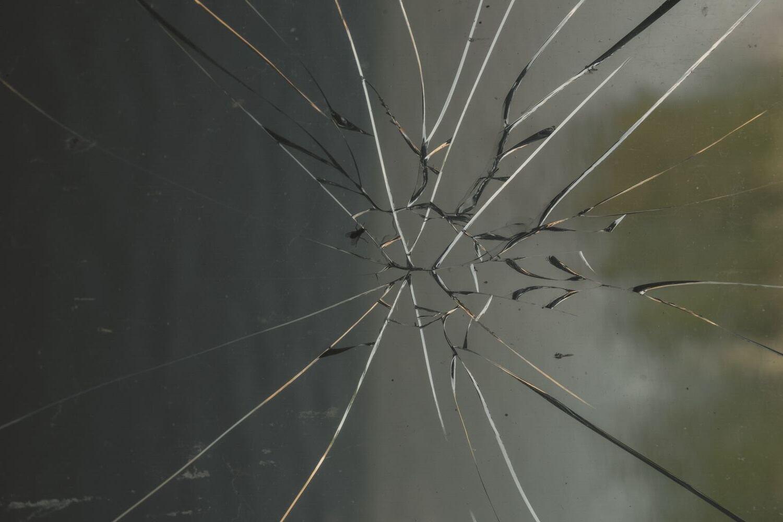 Kauno mečetėje išdaužti du langai