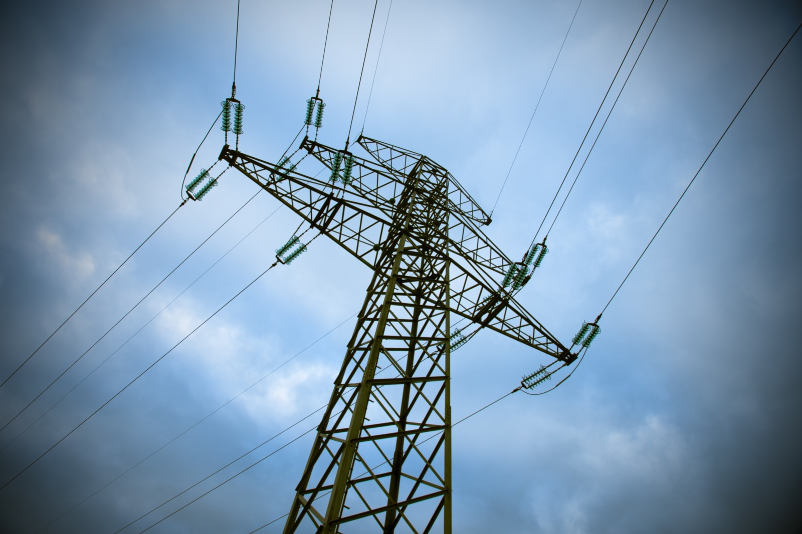 Kasmet – vis didesnės elektros kainos