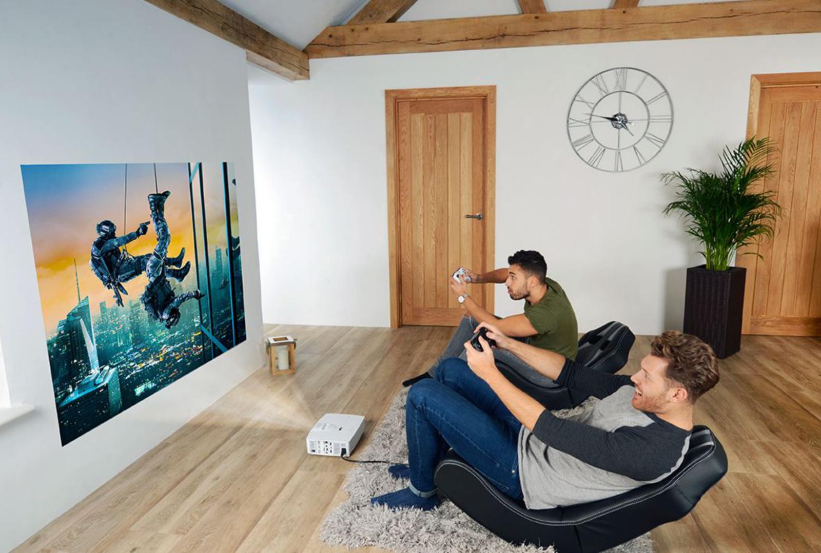 Kuo turi pasižymėti projektoriai žaidimams?