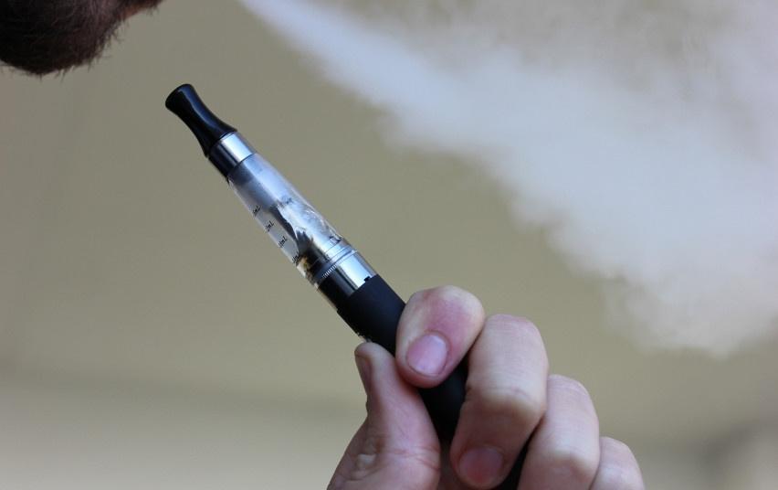 Europos rinkoje – pirmoji mirtina elektroninė cigaretė