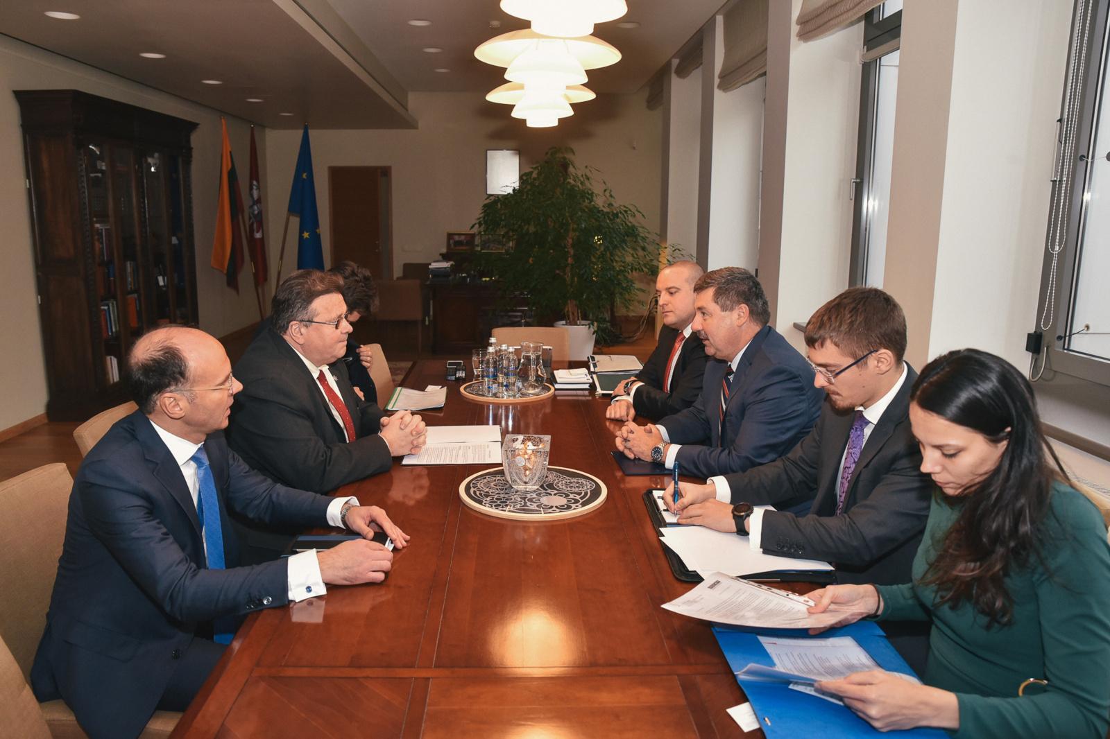 Lietuvos ir Slovakijos konsultacijose aptarti aktualiausi Europos klausimai