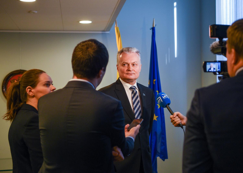 G. Nausėda siūlo premjerui dėl asfaltuojamo kelio kreiptis į VTEK