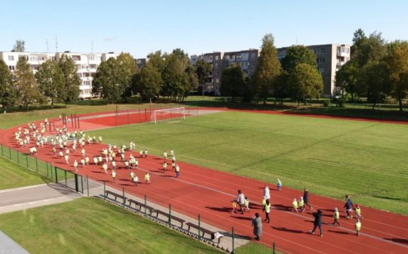 Kitais metais stadioną papildys nauji lauko treniruokliai