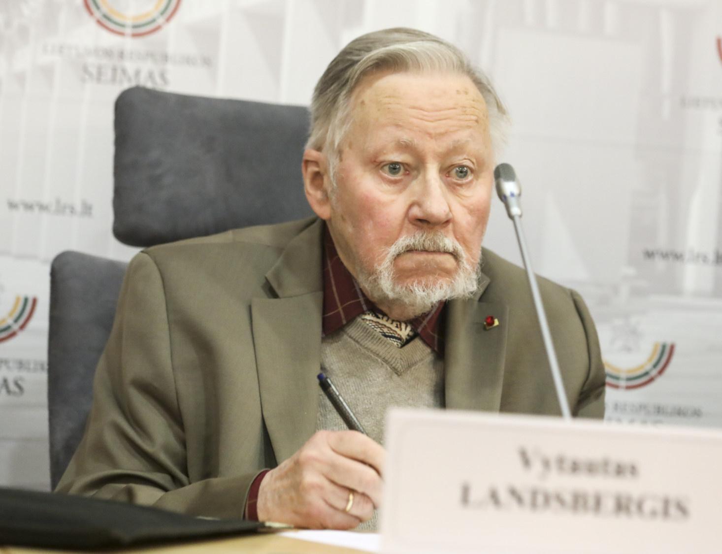 V. Landsbergis: valdantieji neįstengs tesėti pažadų