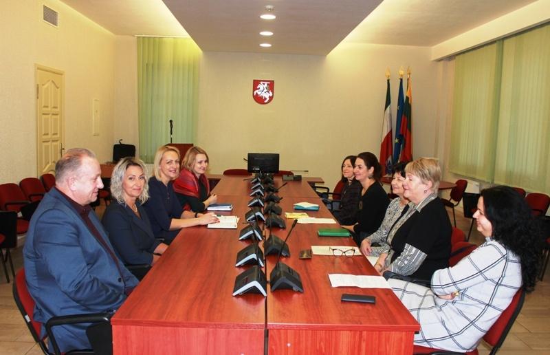 Pagėgiuose vyko vaiko gerovės komisijos ir pirmininkų pasitarimas