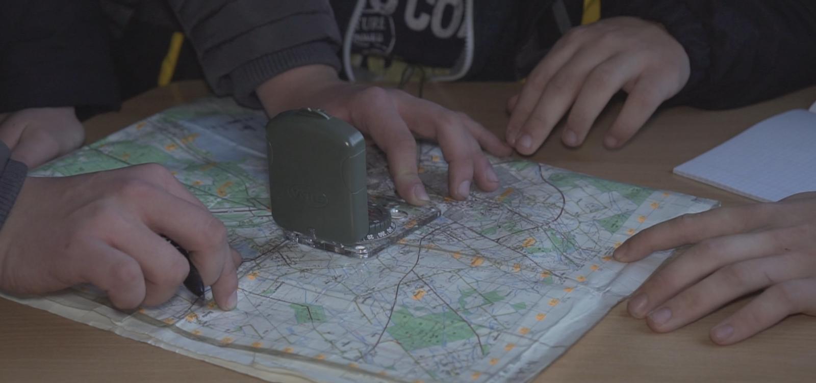 Po pamokų gimnazistai įsitraukia į kariškas veiklas
