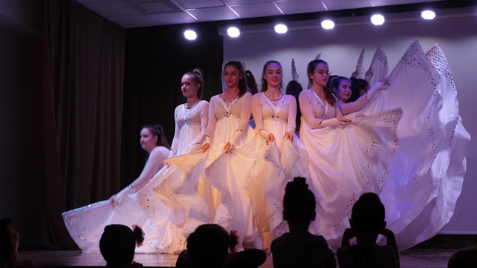 "Šokio festivalis-konkursas ""Ledo gėlės 2019"""