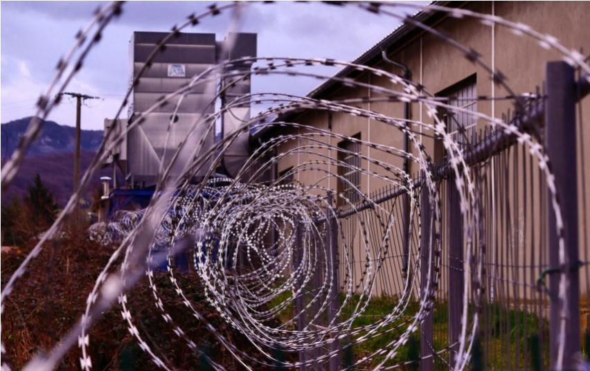 Įkalinimo įstaigų pareigūnai galės surašyti administracinių nusižengimų protokolus