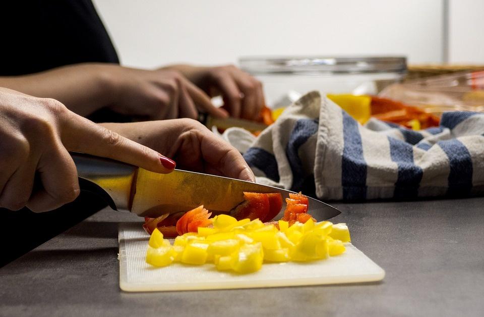 Šventės be maisto švaistymo: patarimai ir receptai, kaip sunaudoti maisto likučius