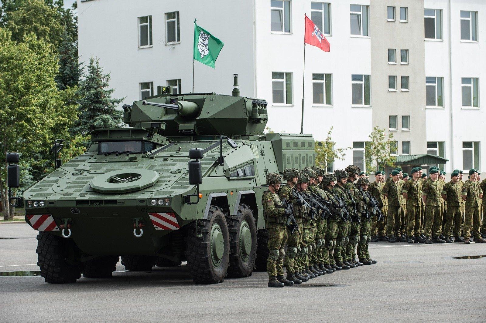 Prasidės NATO priešakinių pajėgų bataliono pratybos, keliais judės karinė technika