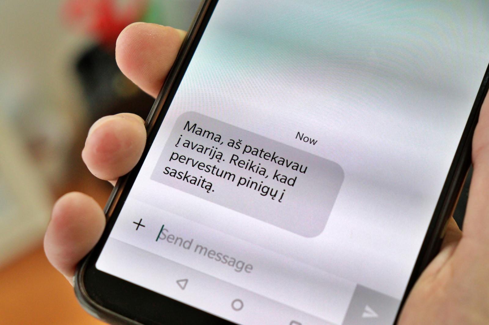 Policija įspėja: Utenos rajone vėl siaučia telefoniniai sukčiai