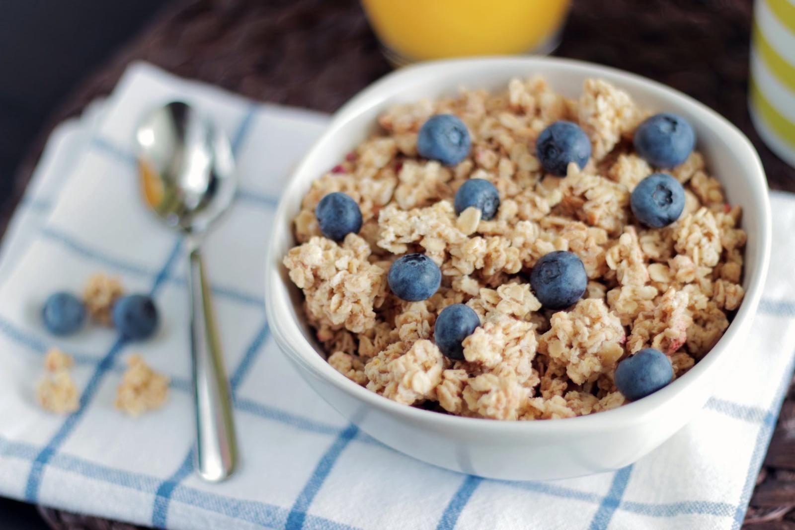 Greitų pusryčių idėjos skubantiems: ne tik skanu, bet ir maistinga