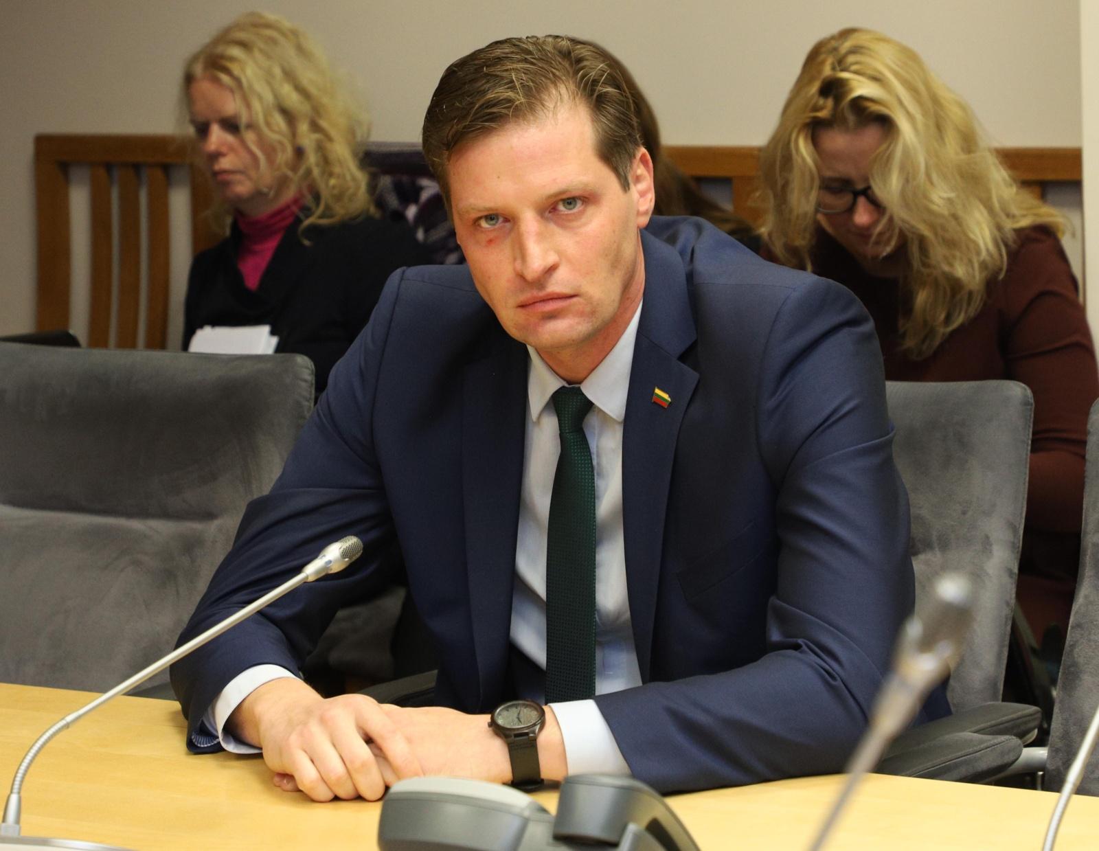 K. Mažeika Aplinkos apsaugos departamento direktoriui liepė susitvarkyti iki vasario pabaigos