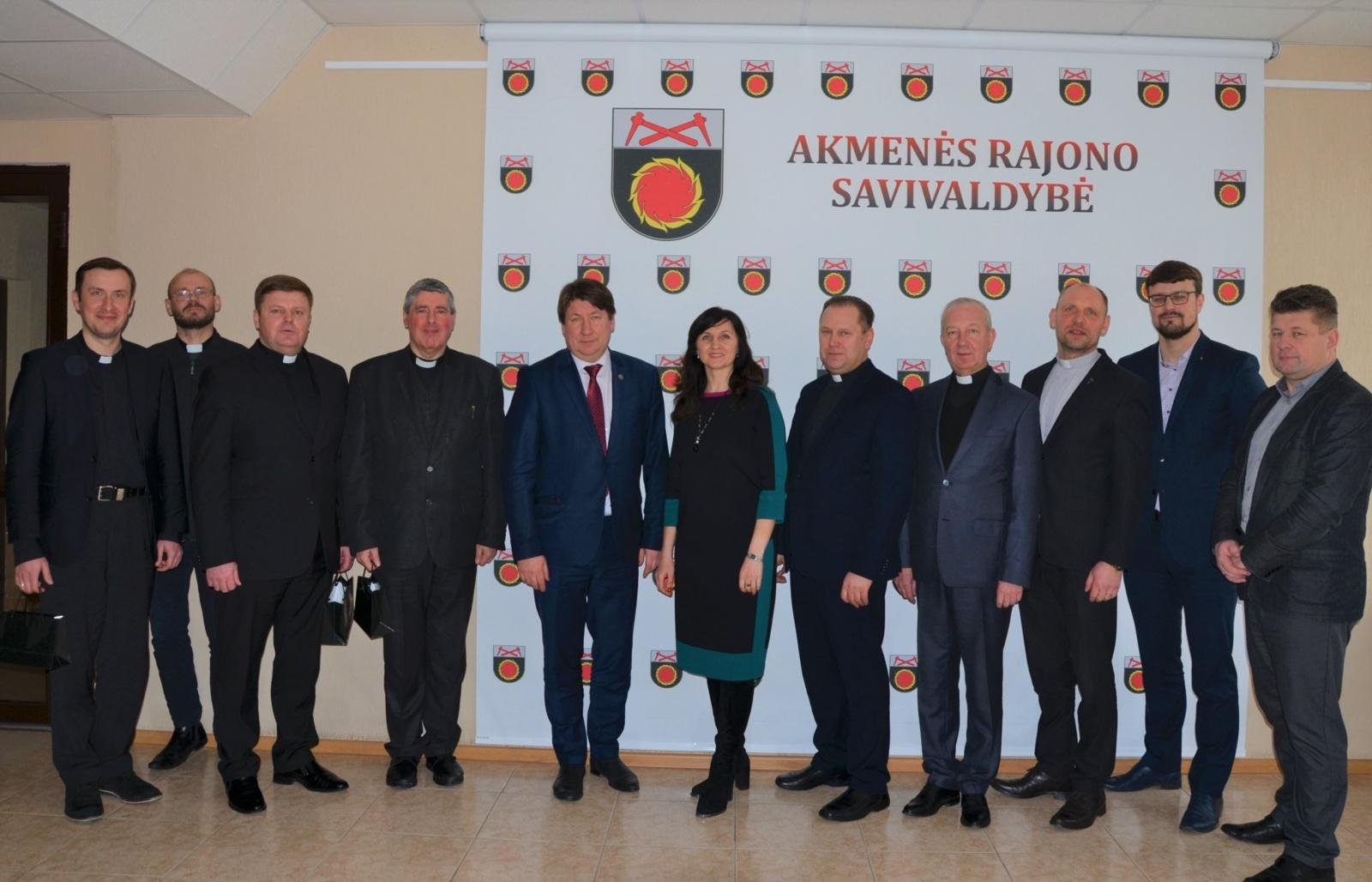 Akmenės rajone susitikimas su konfesijų vadovais