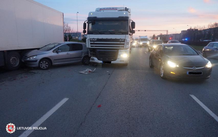 Per avariją Klaipėdoje nukentėjo nėščia moteris