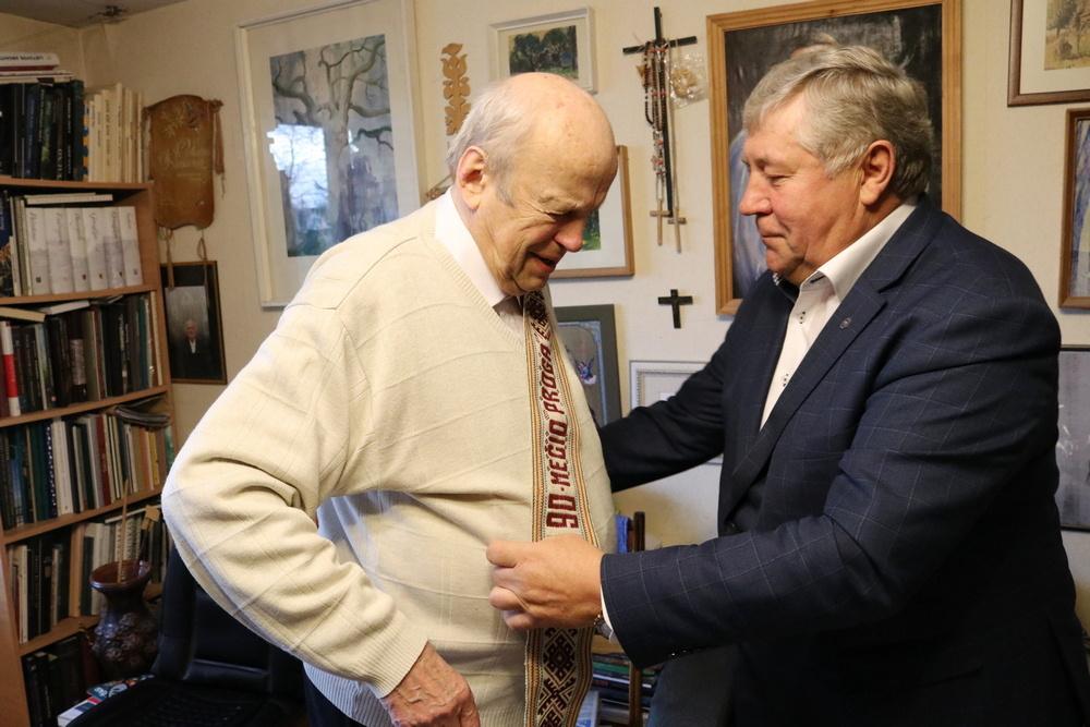 Šiaulių rajono garbės pilietis Vytenis Rimkus pasveikintas su 90-uoju gimtadieniu