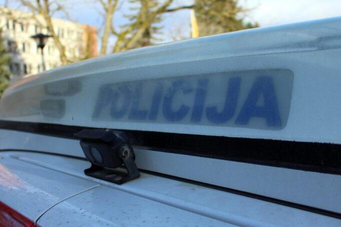 Policija perspėja apie sukčius