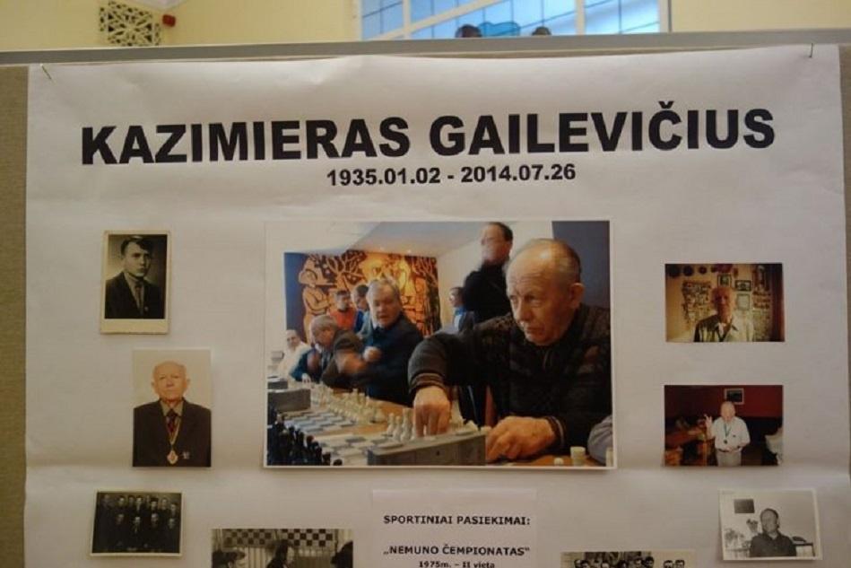 Akmenės krašte pagerbtas buvęs šachmatų pedagogas