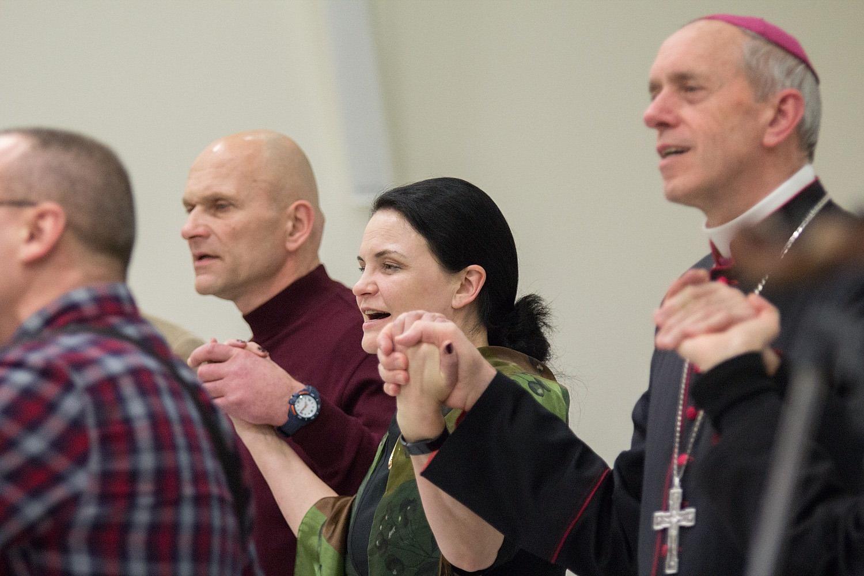 Įvyko daugiaspalvė krikščionių Vienybės šventė Šiauliuose (Vaizdo įrašas)