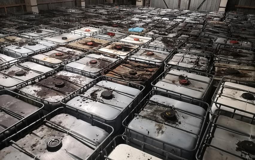 Pakruojo ir Panevėžio rajonuose rastos laikomos pavojingos atliekos