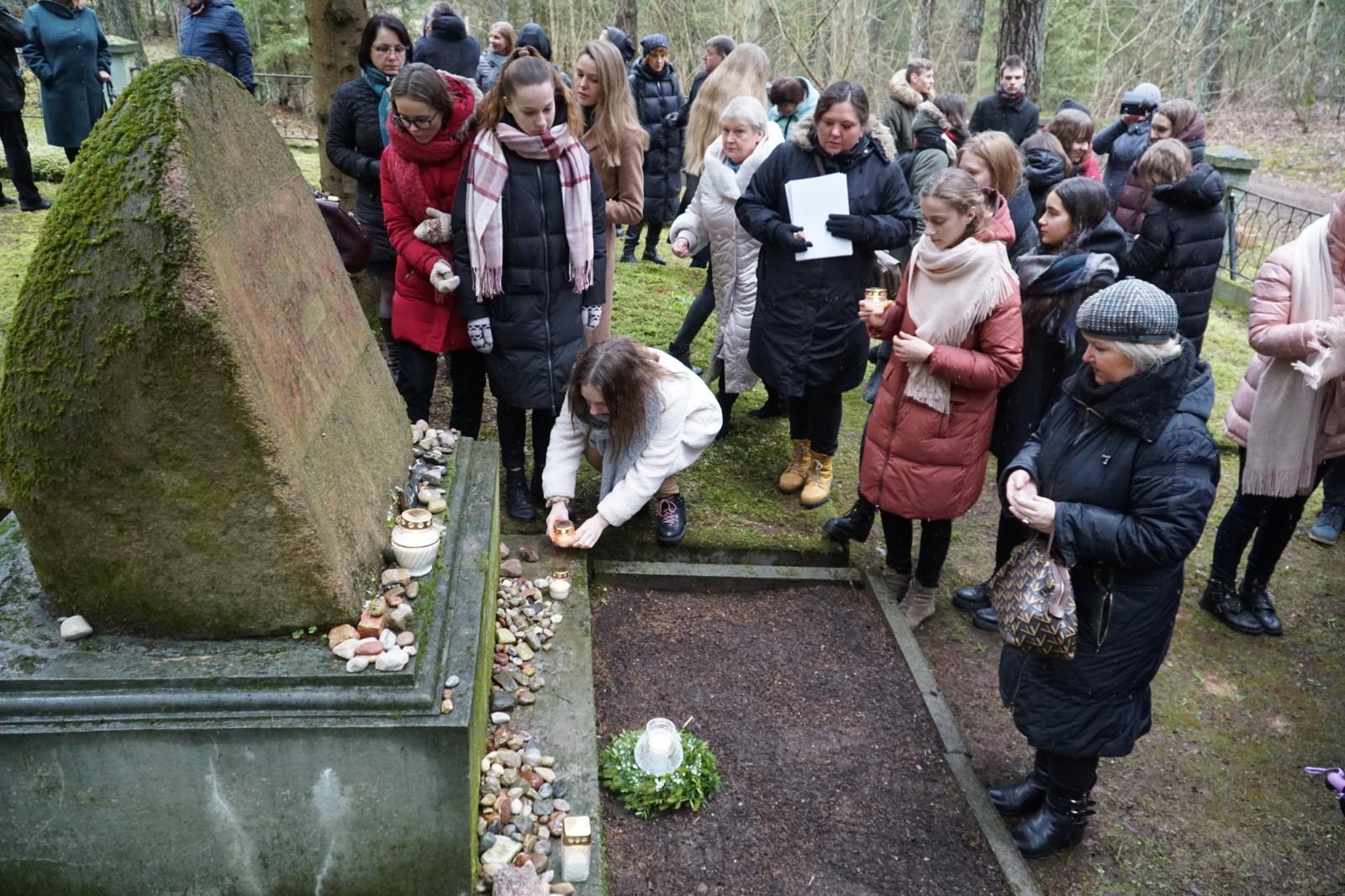 Anykštėnai minėjo Tarptautinę holokausto aukų atminimo dieną