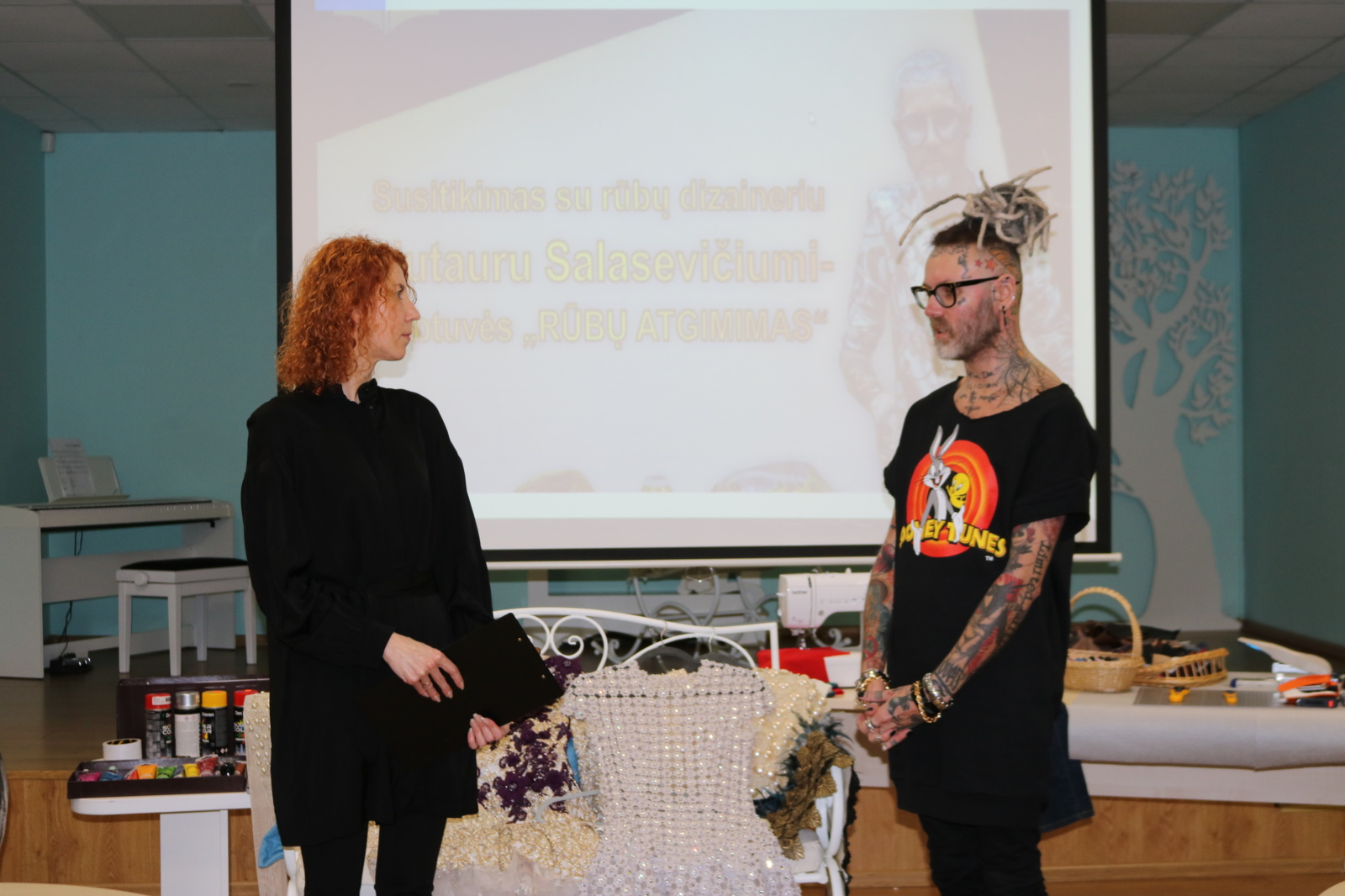 Radviliškiečių susitikimas su rūbų dizaineriu Liutauru Salasevičiumi