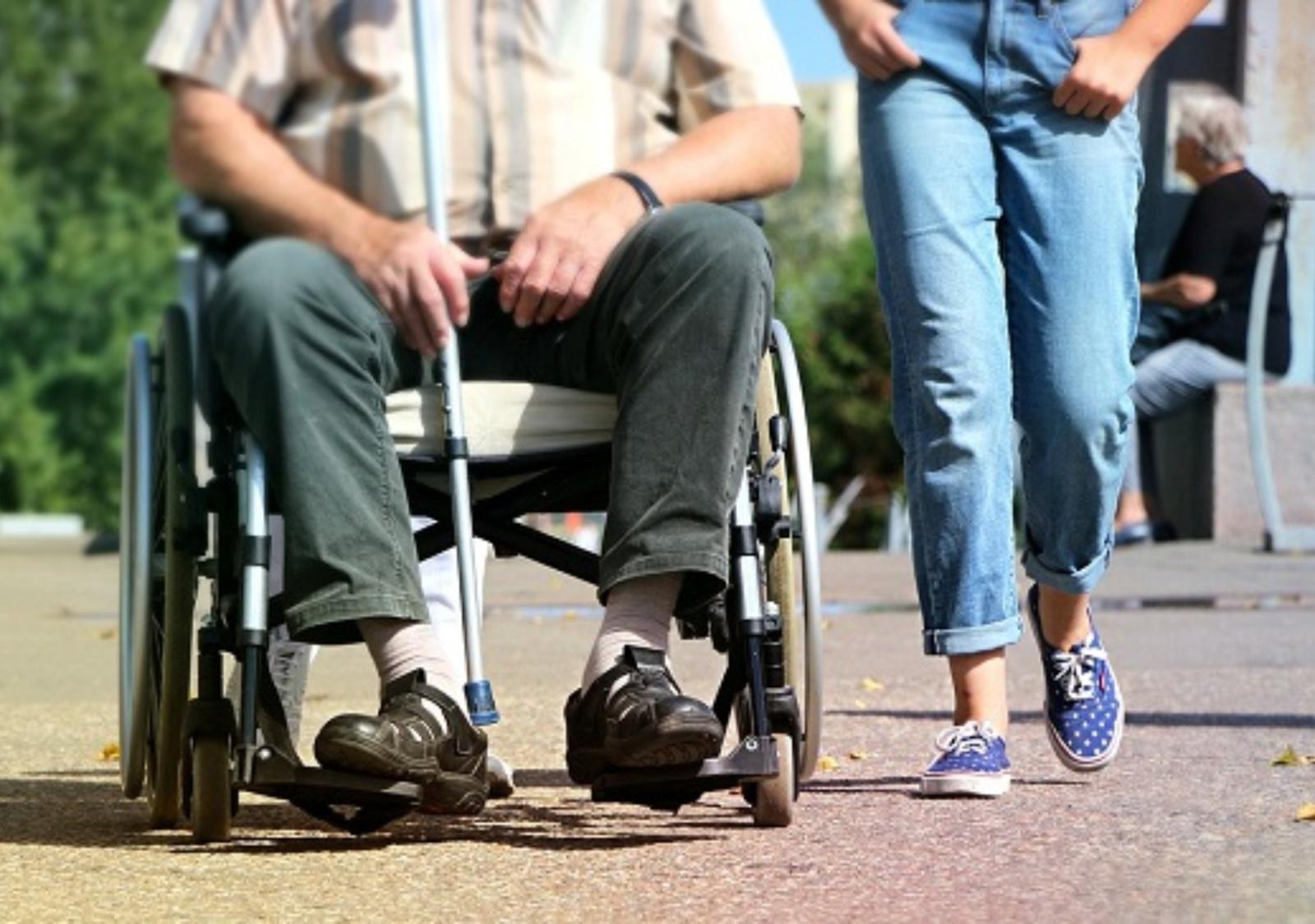 Nauja paslauga Kretingos rajone: asmeniniai asistentai neįgaliesiems