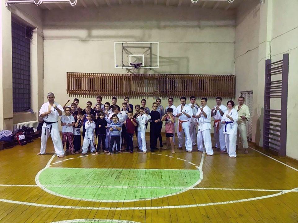 Karate kyokušin egzamine dalyvavo varėniškiai
