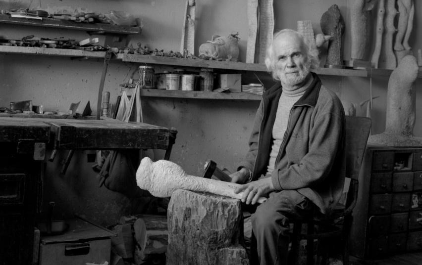 Unikalioms dailininko L. Striogos skulptūroms siūlomos Raudondvario dvaro ir Kauno rajono erdvės