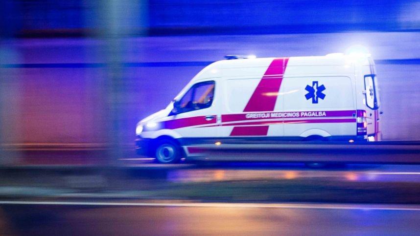 """Prieš koncertą į """"Žalgirio"""" areną skubėjo medikai: pagalbos prireikė vienam iš atlikėjų"""