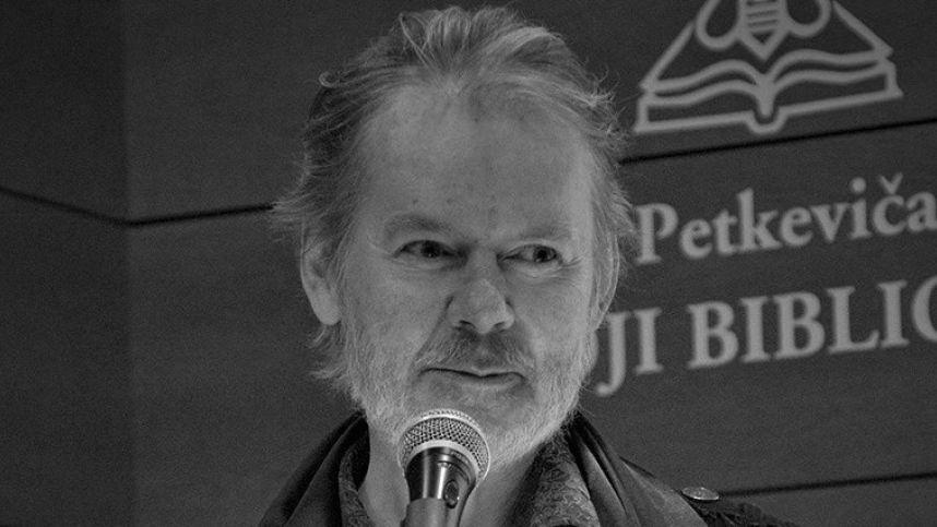 Lietuva neteko išskirtinės asmenybės, sako mirusio poeto K. Navako bičiuliai