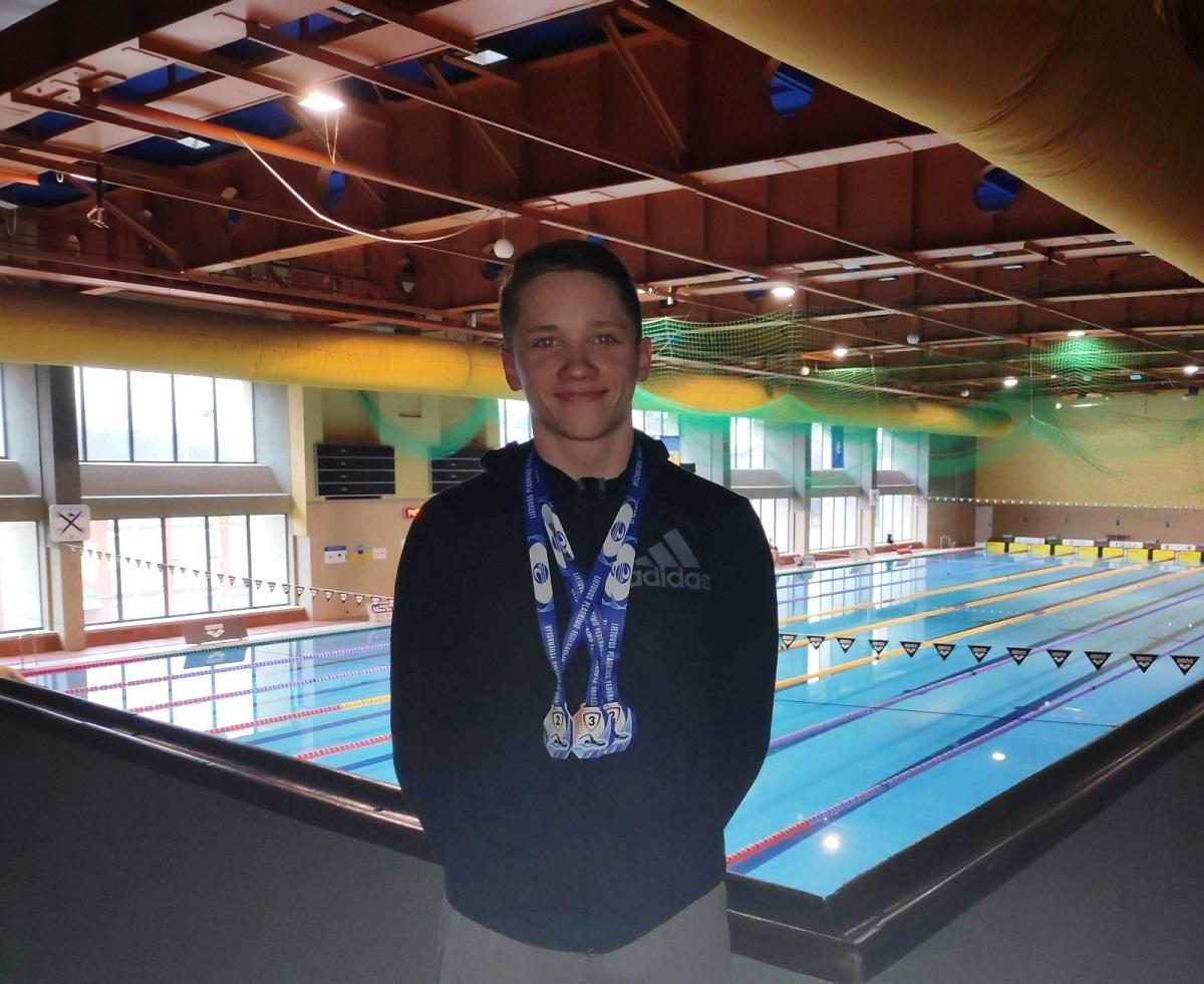 Džiugas Karklelis ir jo treneris skynė medalius Alytuje ir Rygoje