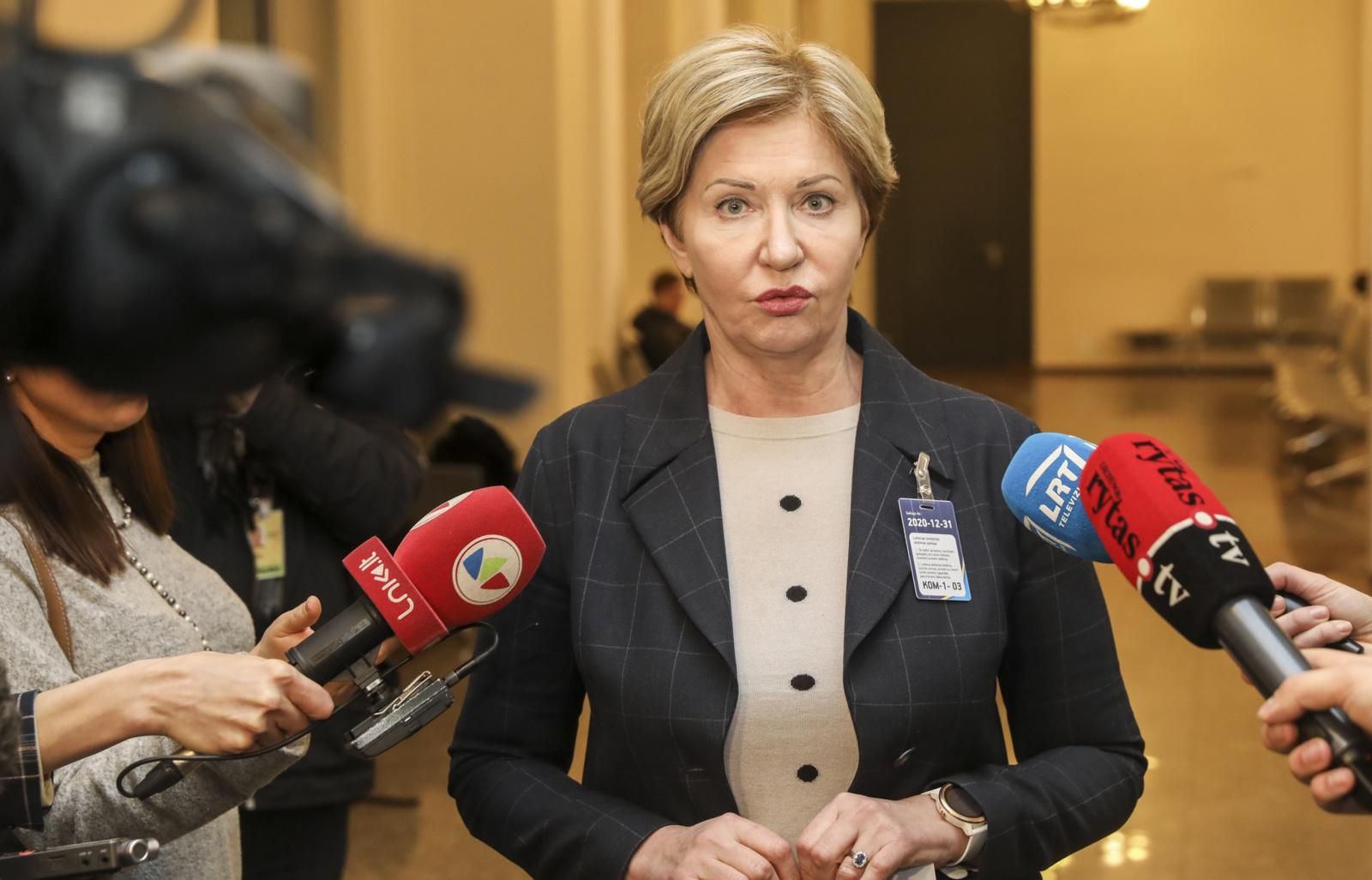 Lietuvoje dėl koronaviruso stebimi beveik 800 žmonių