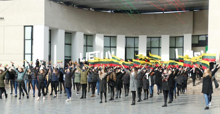Spalvingas ir gausus renginių Lietuvos Nepriklausomybės atkūrimo trisdešimtmetis Alytuje