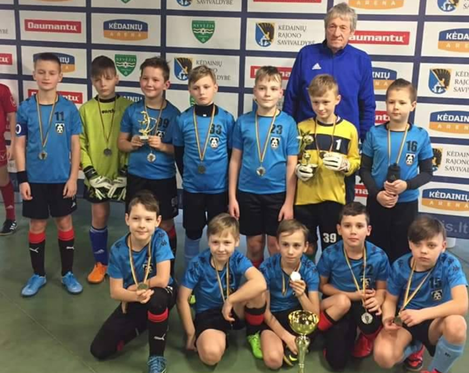 Tarptautiniame futbolo turnyre ukmergiškiai pasipuošė sidabro medaliais