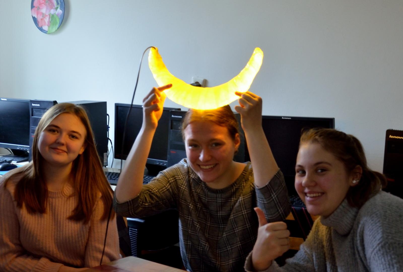 S. Daukanto gimnazijos  inžinerinės pamokos svečias – šviesos ir garso instaliacijų menininkas Linas Kutavičius