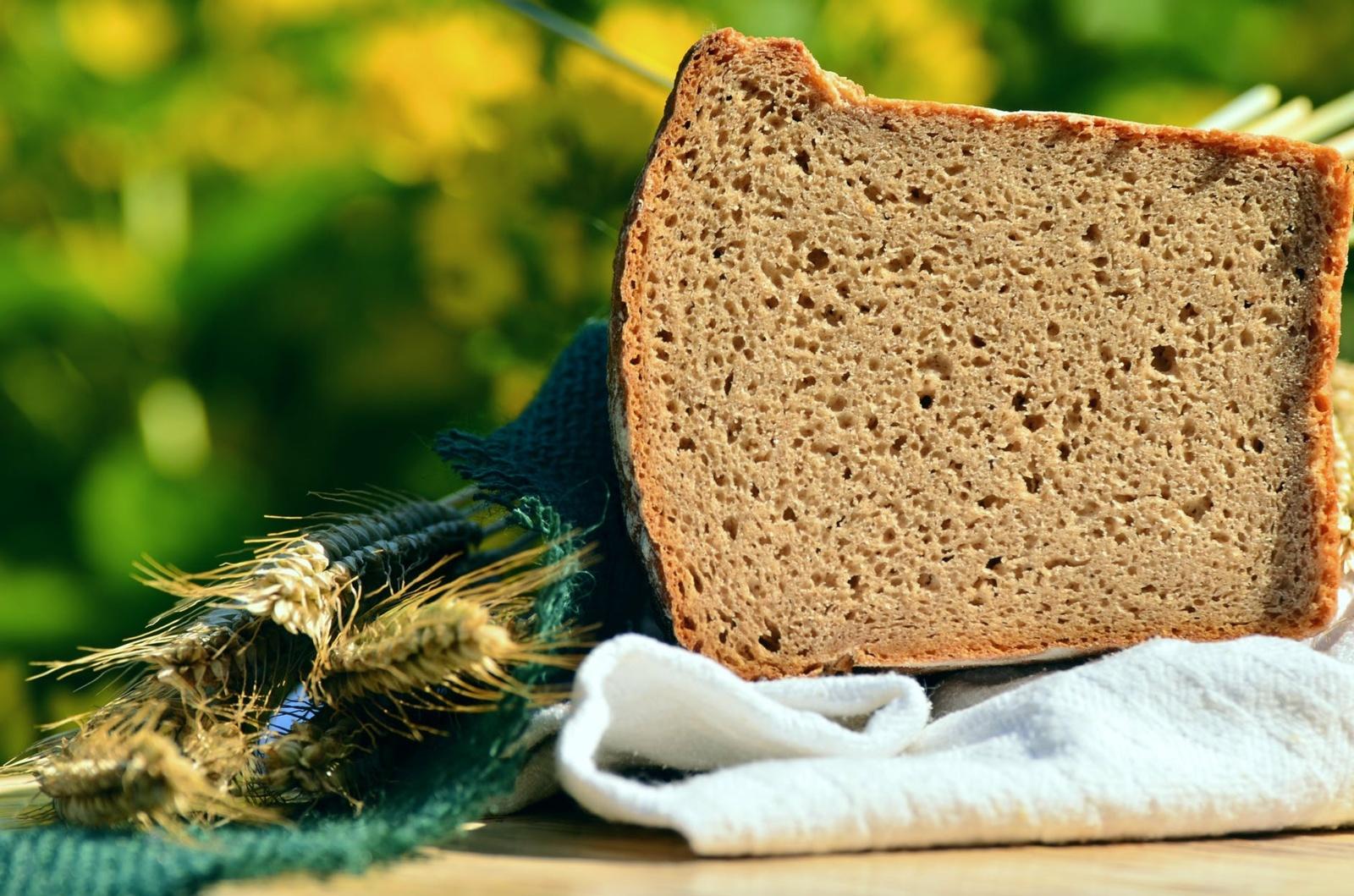 Lietuviškos virtuvės įdomybės: duona gydė moteris, o kanapes naudojo pasninkui?