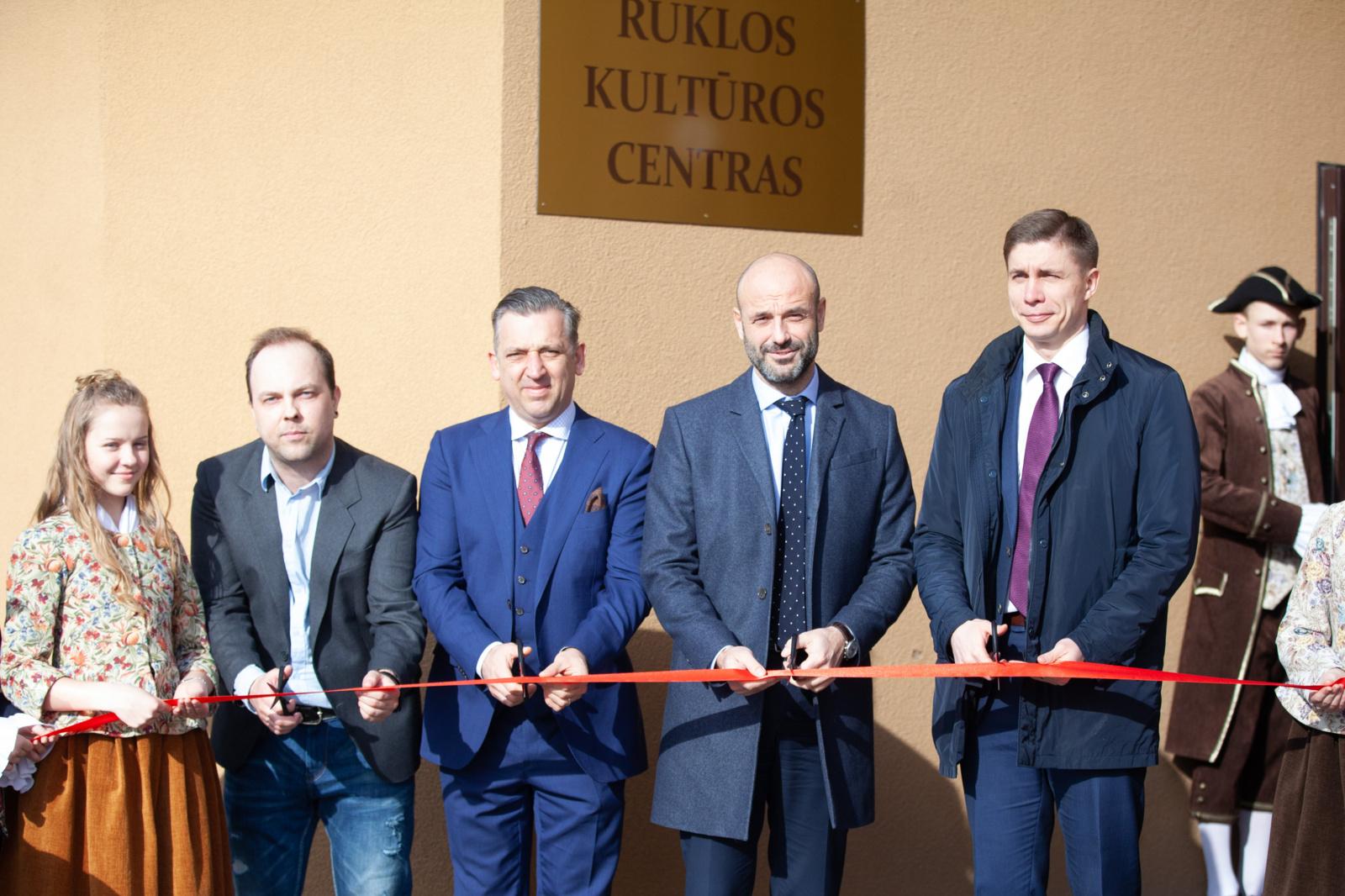 Rukloje atidarytas atnaujintas kultūros centras