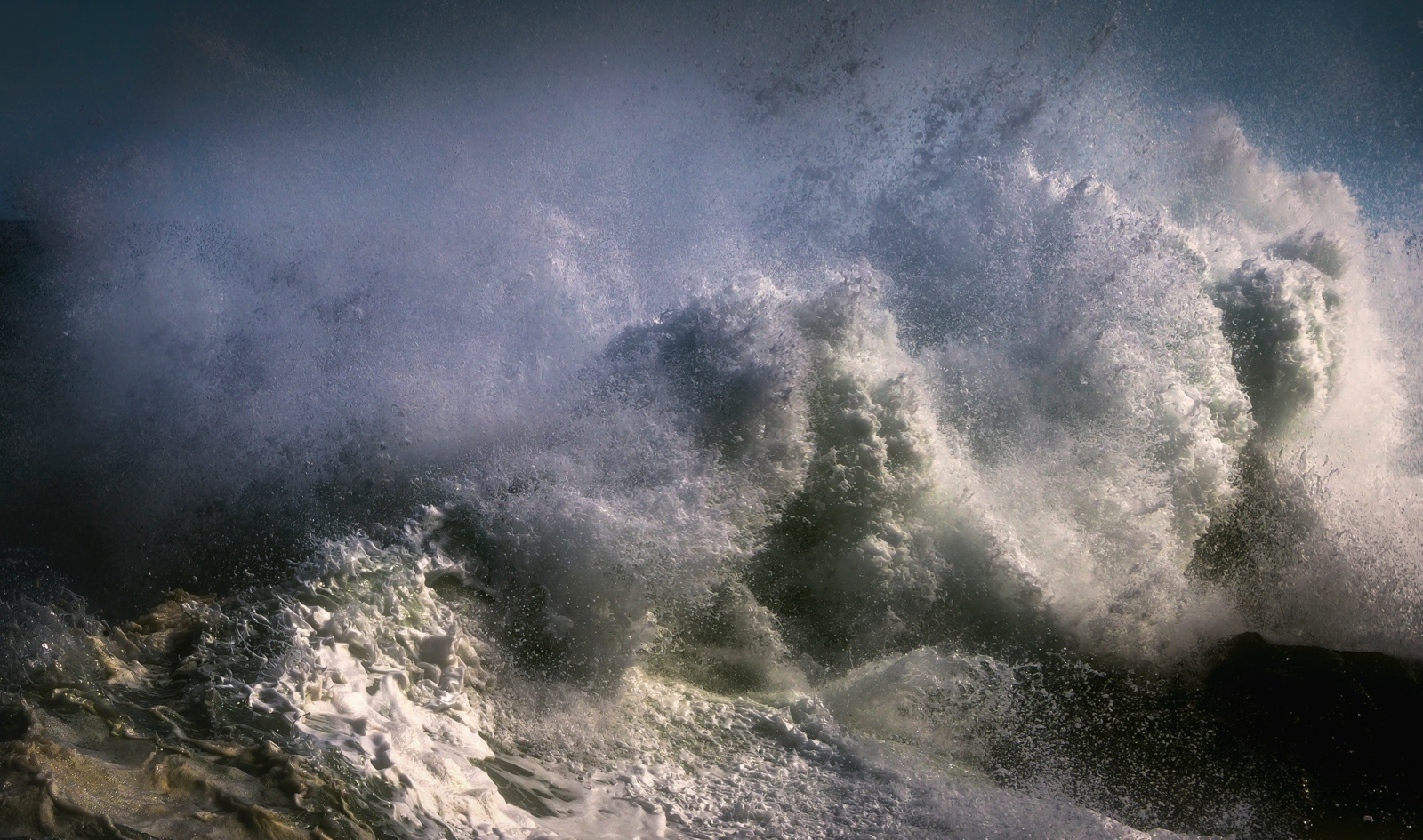 Lietuvą užgrius audra – talžys vėjas, merks lietus
