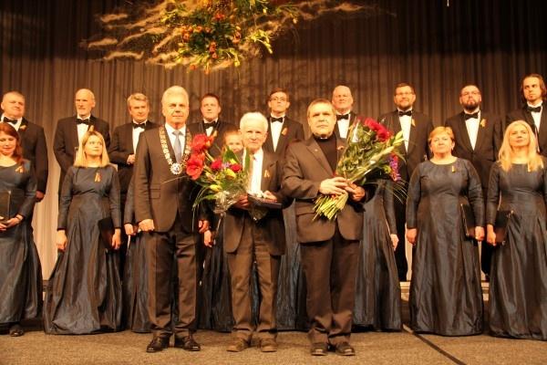 Utenos krašto garbės piliečiais tapo gydytojas K. Preikša ir klebonas S. Kalvaitis