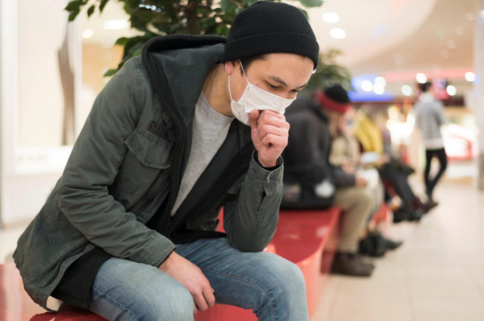 AFP: koronaviruso aukų skaičius pasaulyje viršijo 12 000