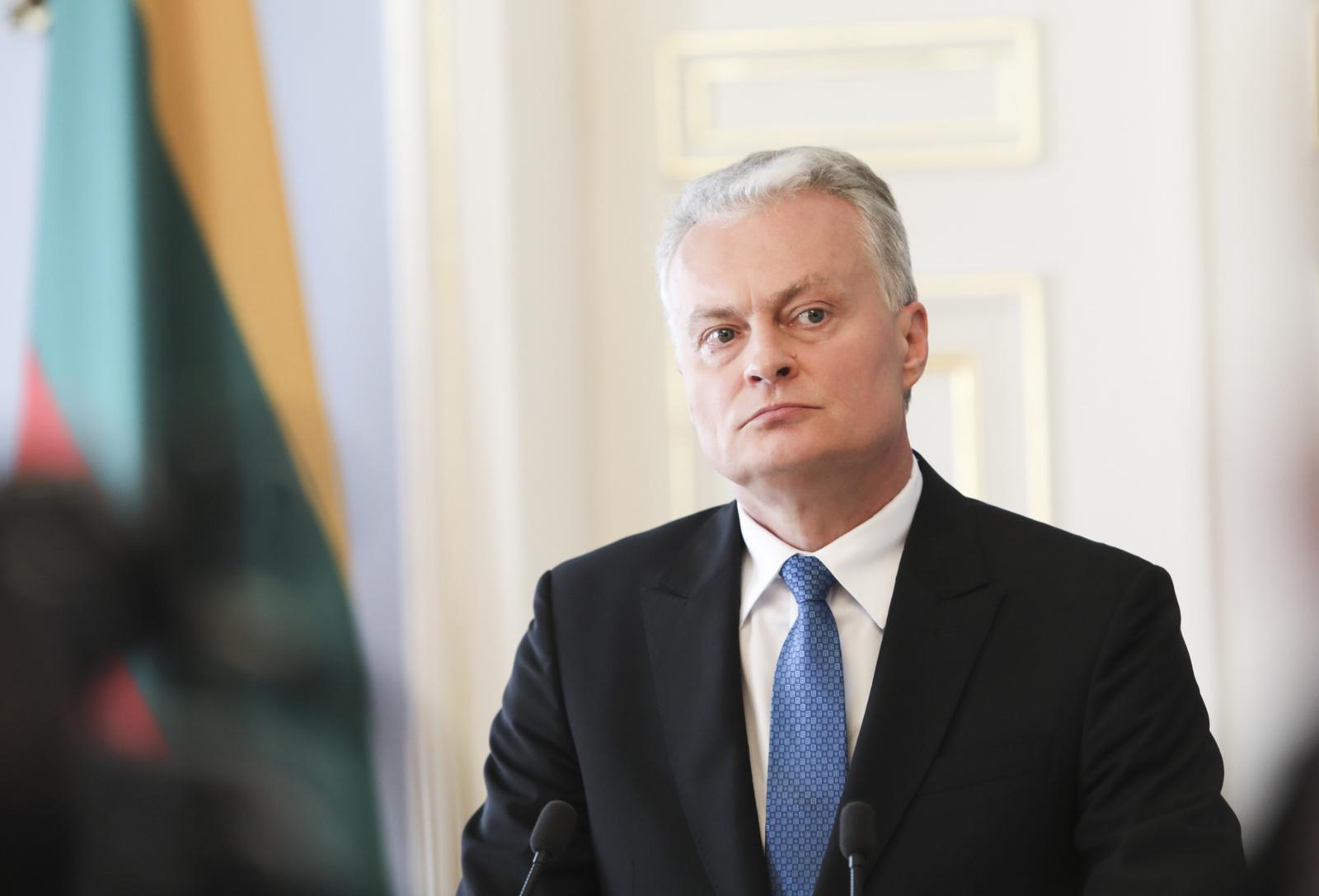 Gitanas Nausėda kreipėsi į Tautą: Lietuva gali tapti sėkmingos kovos su virusu pavyzdžiu (vaizdo įrašas)