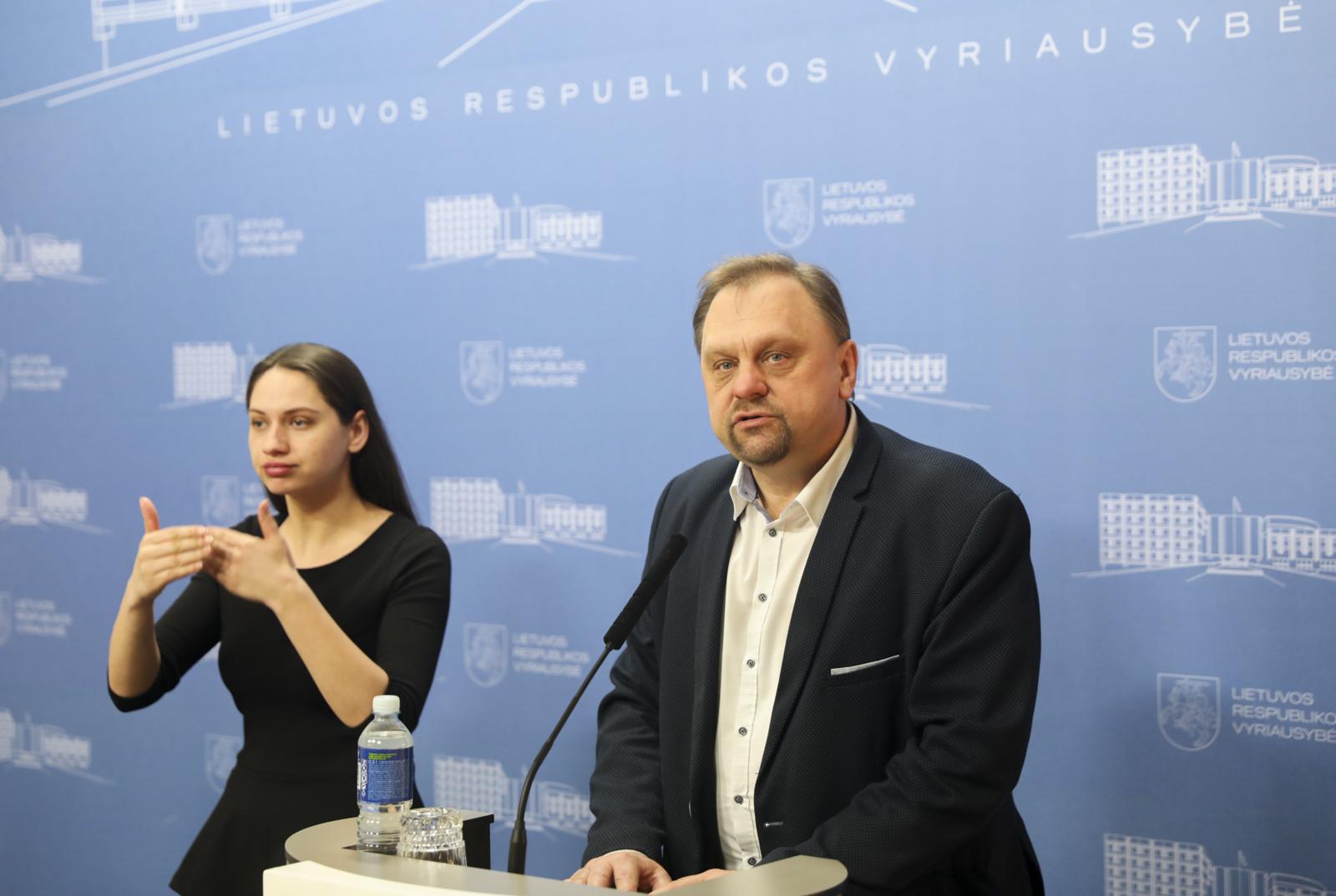V. Sutkus: Vyriausybės planas trumpuoju laikotarpiu padės išsaugoti darbo vietas