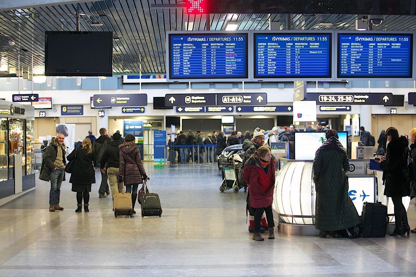 LOU vadovas: ištuštėję oro uostai išsaugos darbuotojus