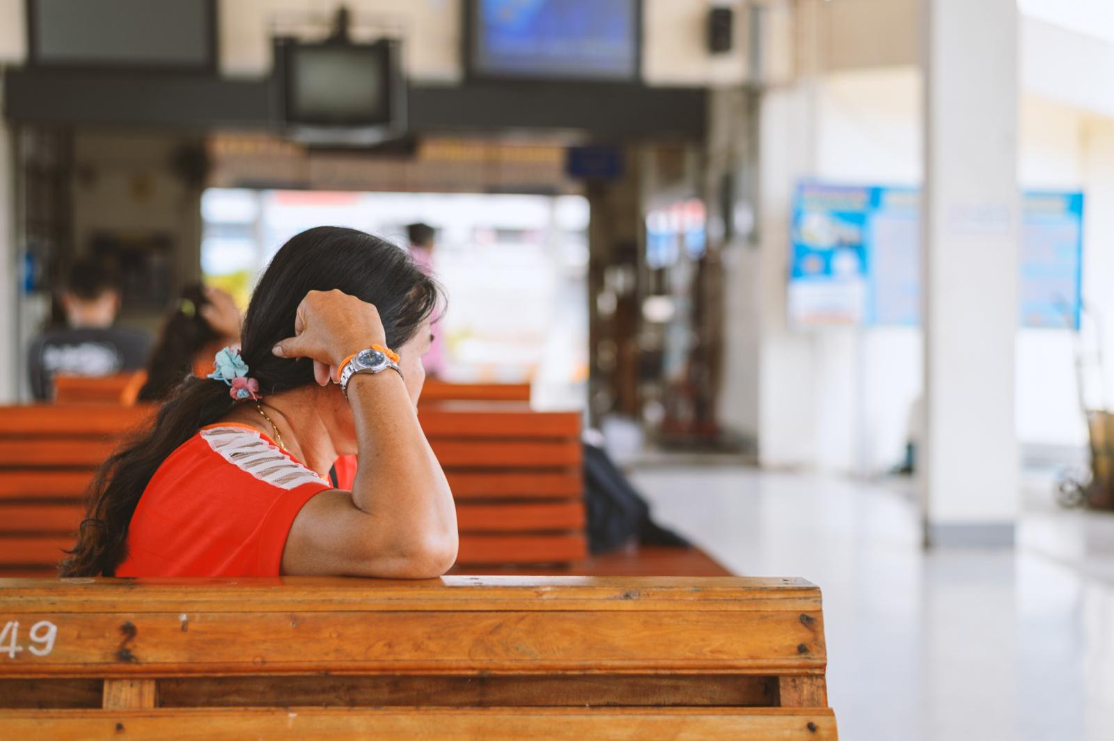 Siūlo karantino metu riboti asmenų aptarnavimą stotyse ir keleivių terminaluose