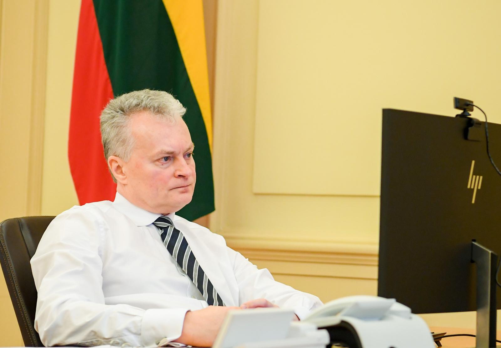 Prezidentas apie COVID-19 pirkimus kalbėsis su atsakingų institucijų atstovais