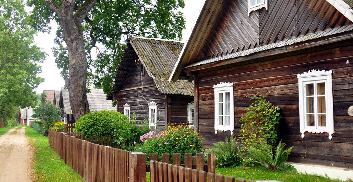 Neries regioninis parkas kreipiasi į karantino nesilaikančius keliautojus: prašo nevykti į Grabijolų kaimą
