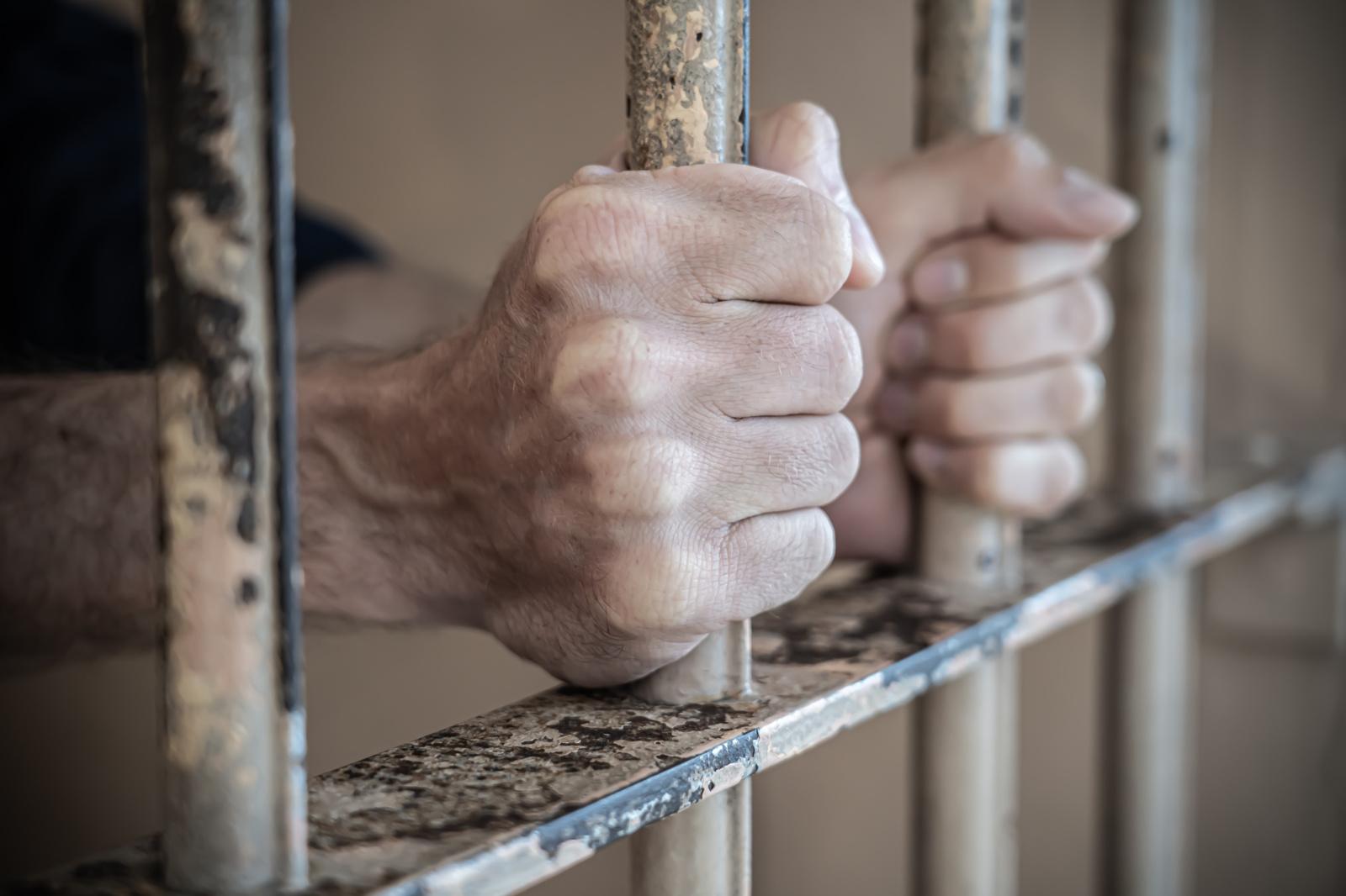 Kupiškio rajone sulaikytas moterims grasinęs vyras
