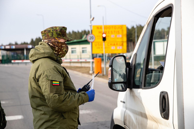 Taikos meto užduotis atliekančių karių skaičius padidintas iki 180-ties